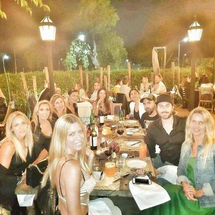 Nicole Neumann festejó su cumpleaños rodeada de amigos