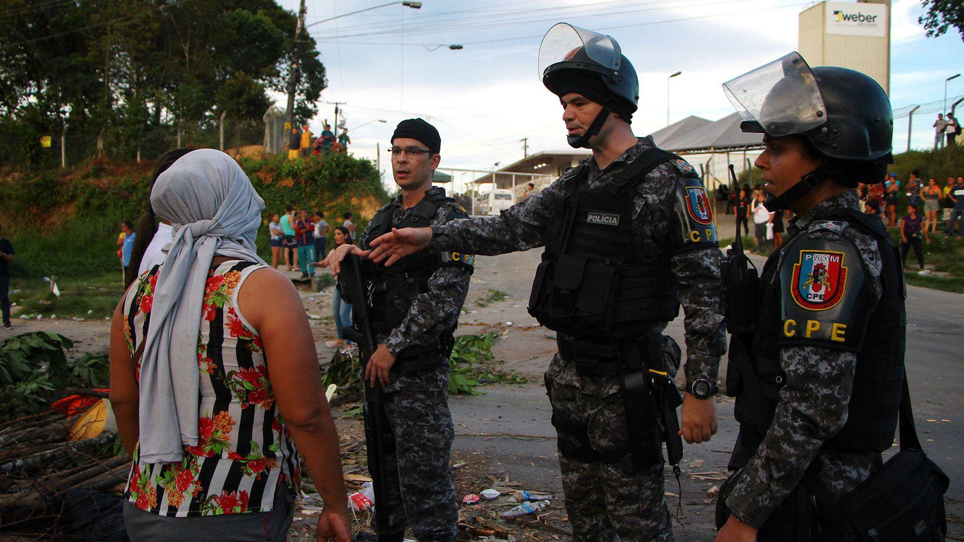 Al menos 57 personas murieron en cuatro cárceles de Amazonas entre el domingo y lunes (AP)