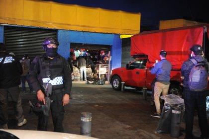 Operativo en Tepito, en la Ciudad de México. (FOTO: LUIS CARBAYO /CUARTOSCURO)