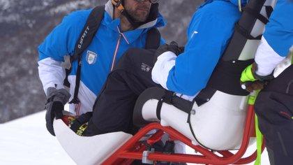 Se trata de sillas de esquí adaptada para personas con discapacidad, o algún tipo de limitación física.