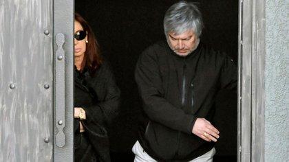 Báez y Cristina Kirchner en el Mausoleo de Néstor Kirchner