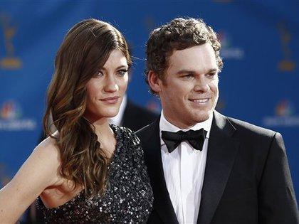 """Michael C. Hall y Jennifer Carpenter fueron hermanos en """"Dexter"""" y mariado y mujer en la vida real (AP)"""