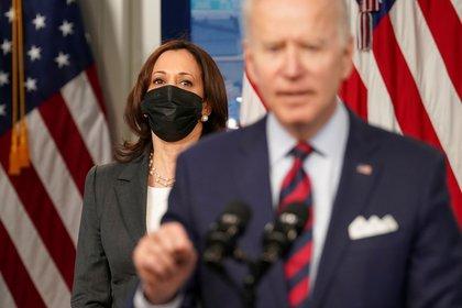 La vicepresidente Kamala Harris y el presidente Joe R. Biden