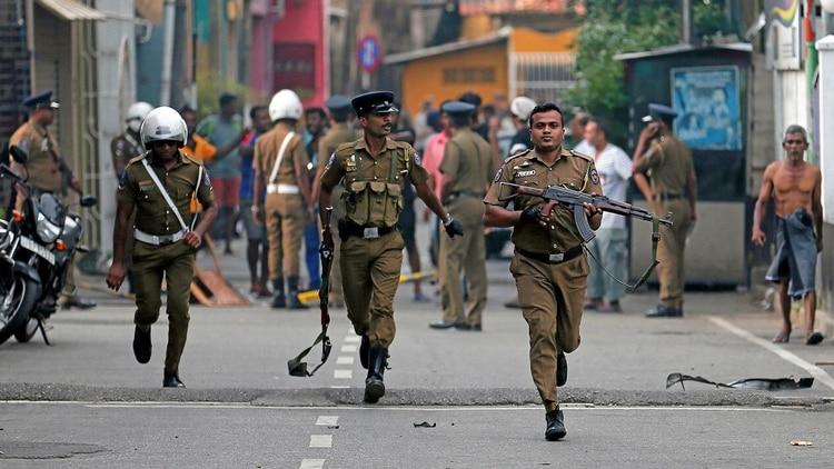 Fuerzas de seguridad de Sri Lanka tras los ataques (Reuters)