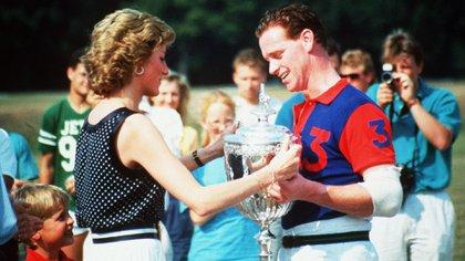 Diana i con James Hewitt (Shutterstock)