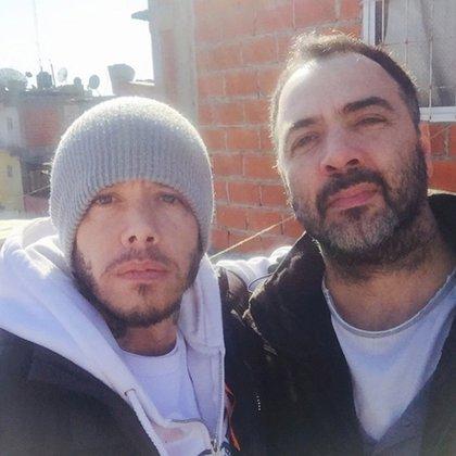 """Sebastián Ortega y Adrián Caetano, antes de grabar una escena de """"El Marginal 2"""""""
