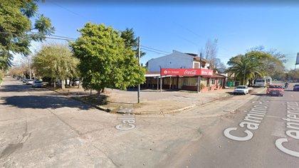 El episodio sucedió al lado del camino Centenario entre 467 y 468, cerca de la estación de tren City Bell (Google Street View).