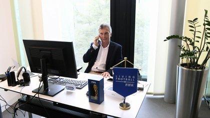El ex presidente, en su oficina de la Fundación FIFA, en Suiza