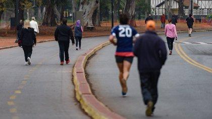 Los runners, que estaban habilitados en la Ciudad de Buenos Aires, también podrán correr en la provincia (Adrián Escandar)