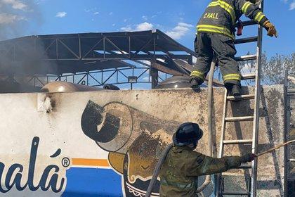 Incendio en gasera de Tonalá (Foto: Twitter@PCJalisco)