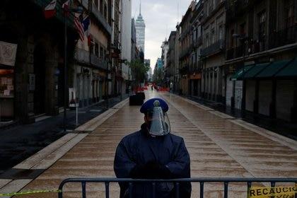 También criticaron la respuesta del gobierno ante la pandemia. (Foto: Carlos Jasso/Reuters)