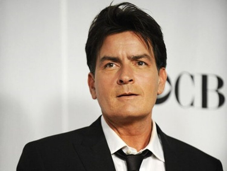 A Charlie Sheen no le dio ni un poco de pudor proclamarse una