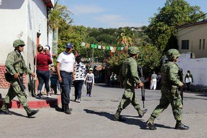 Un operativo de la Guardia Nacional en Amacuzac, Morelos (Foto: MARGARITO PÉREZ RETANA/ CUARTOSCURO)