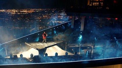 The Weeknd sorprendió con una espectacular presentación con fuegos artificiales (Foto: Viacom)