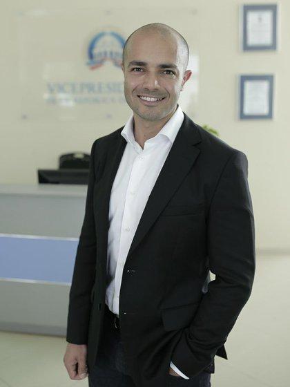 Seguir innovando todos los días, es la clave de Moreno para crecer (OE)