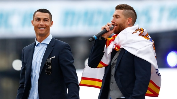 Cristiano Ronaldo habló con Sergio Ramos en el vestuario tras ganar la Champions League (AFP)