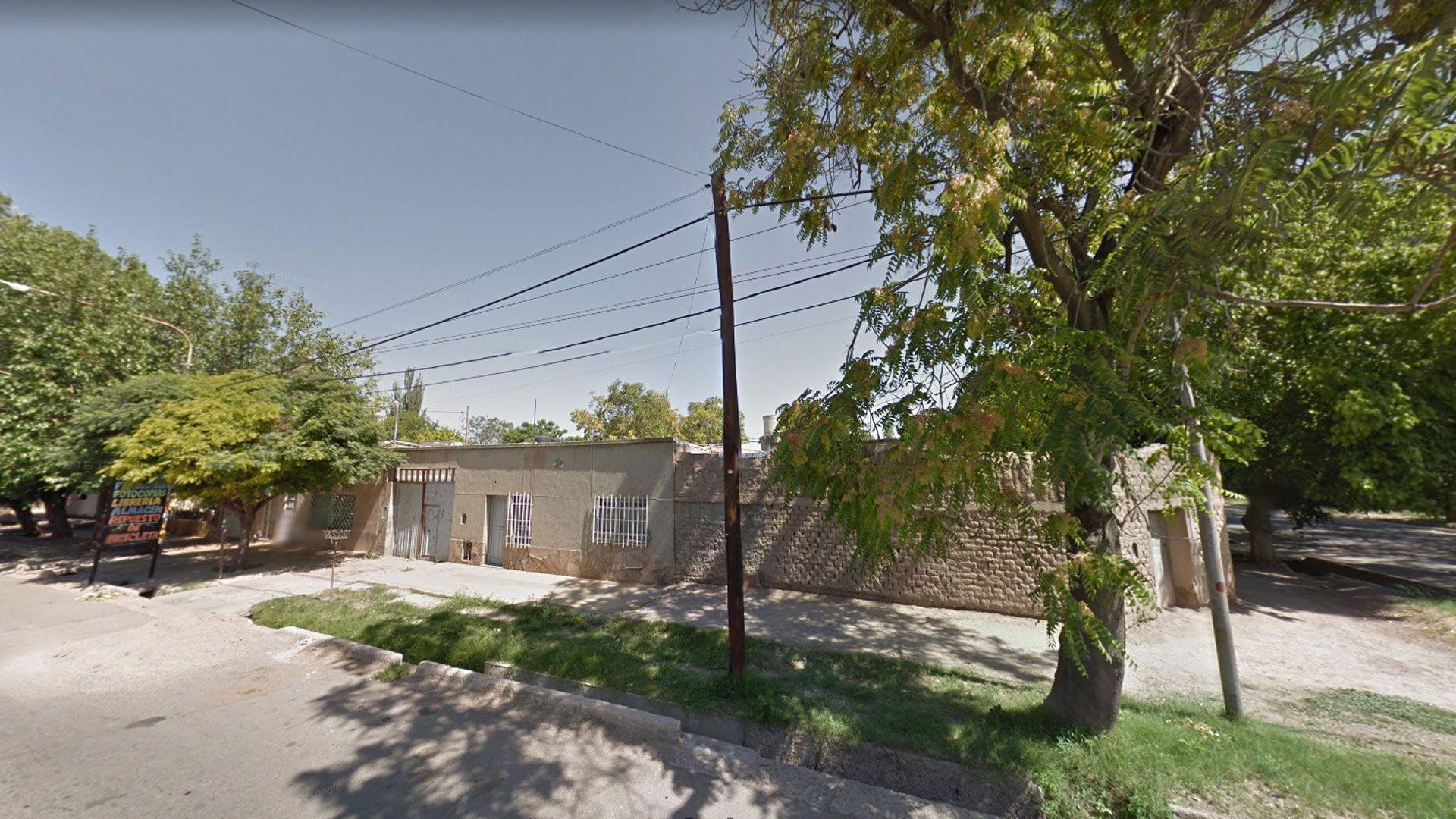 Tres de Febrero al 800 en el barrio Espejo de Las Heras en Mendoza donde ocurrieron los hechos
