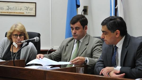 El juez Mauricio Derudi (centro) (Ricardo Santellán)