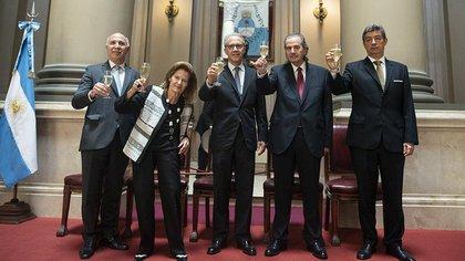Los jueces de la Corte Suprema que firmaron el fallo