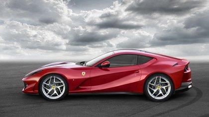 La Ferrari 812 Superfast está valuada en 300 mil euros