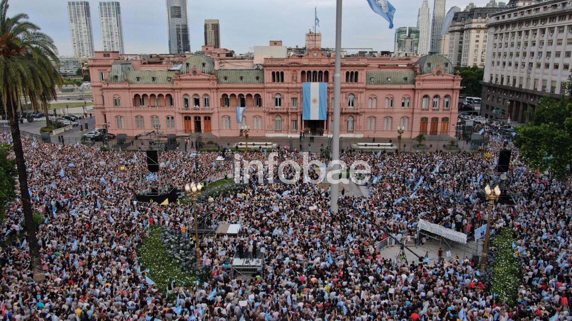 La despedida a Macri del poder. (Thomas Khazki)