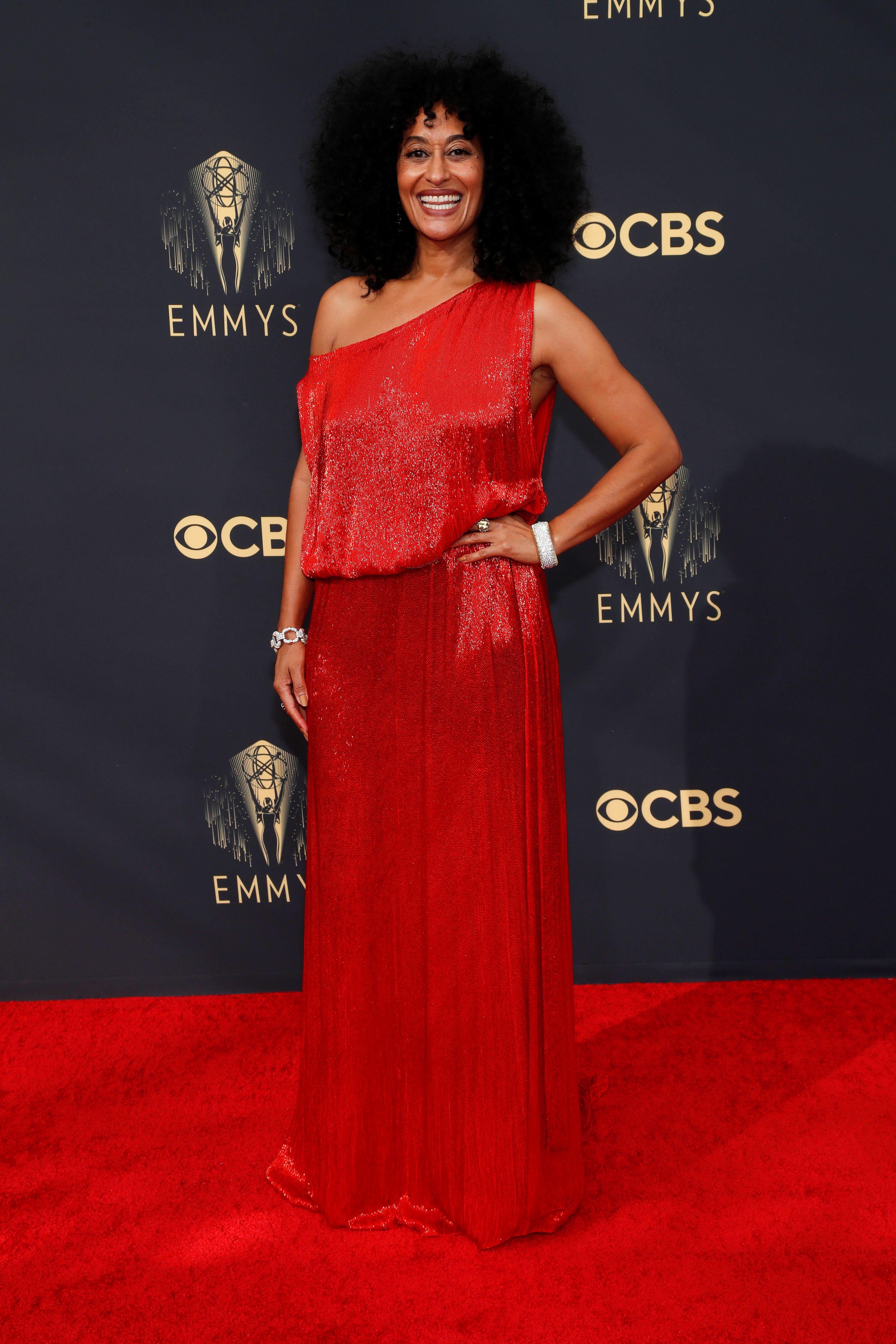 """Tracee Ellis Ross - """"Está vestida como para ir a una fiesta de algún pariente) no dignifica la pasarela"""", alertó la diseñadora de moda Patricia Profumo"""