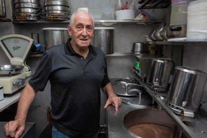 """Domingo Delerba, uno de los dueños que mantiene """"fresca"""" la herencia italiana"""