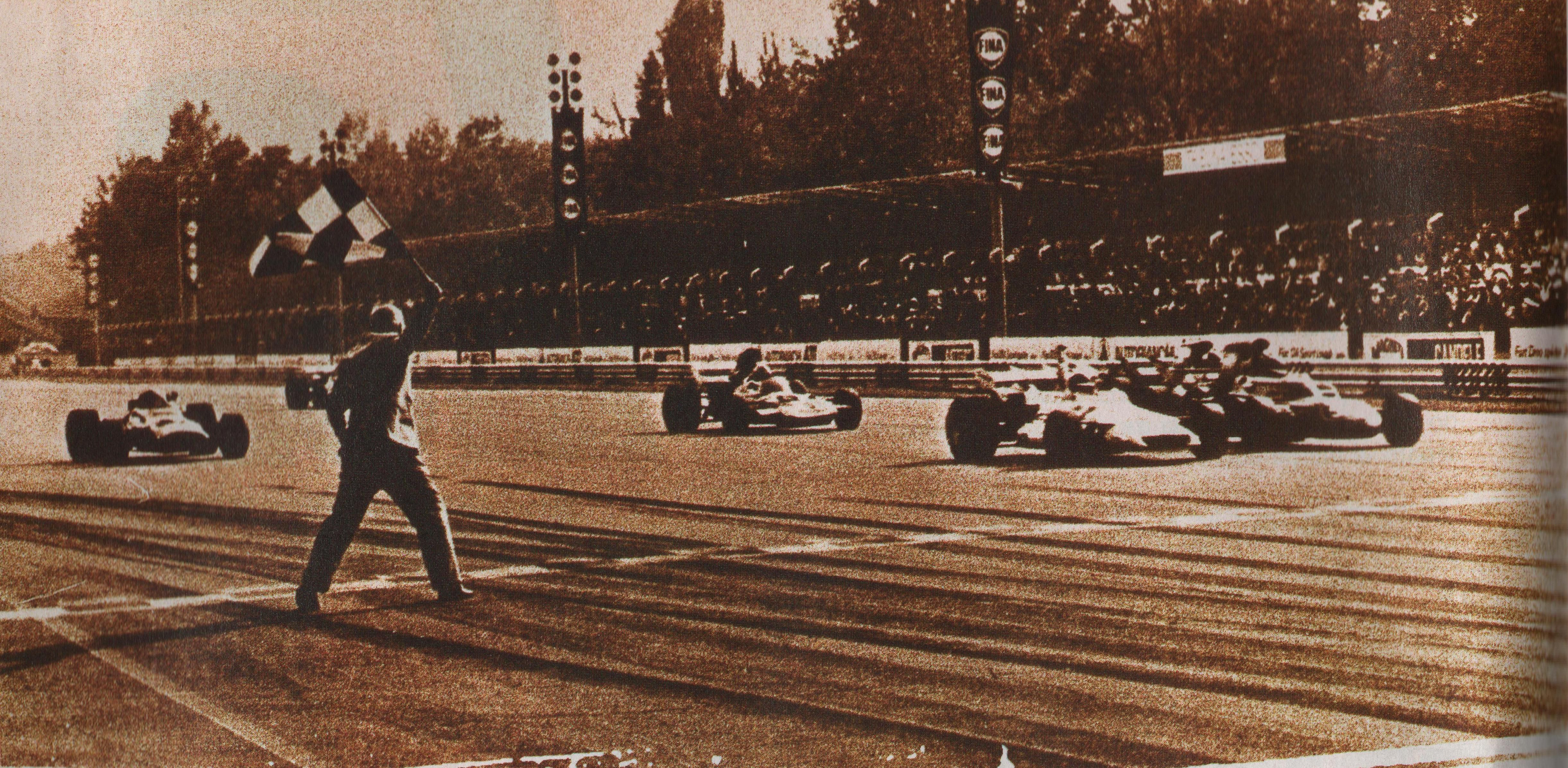 El final de la competencia. Fue espectacular con cinco autos en medio de 0.61 segundos (Archivo CORSA)