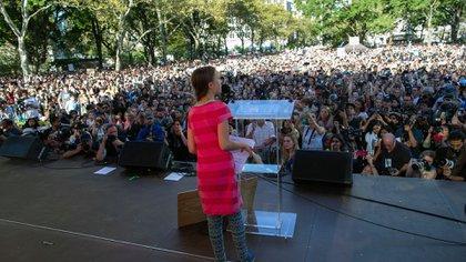 Greta Thunberg, ante una multitud en Nueva York (AP Photo/Eduardo Munoz Alvarez)