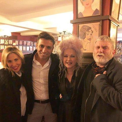 """Martín Bossi, Ricky Pashkus y Florencia Masri se reunieron en Nueva York con Cyndi Lauper, la compositora de la música y las canciones de """"Kinky Boots"""""""