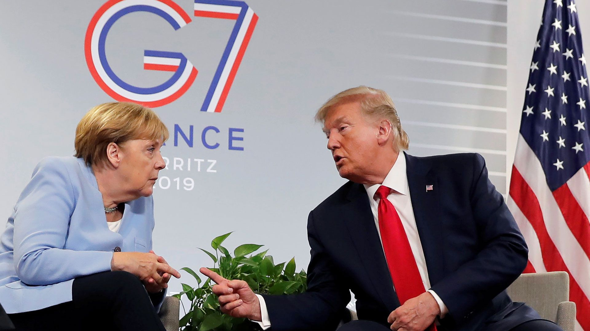 Angela Merkel, canciller de Alemania, junto a Trump (Reuters)