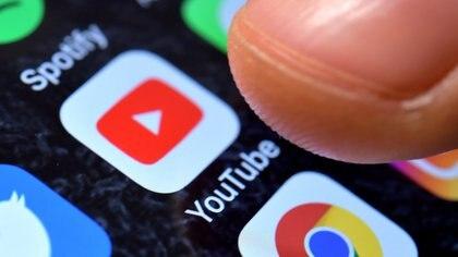 Cuáles son las frases más utilizadas por los youtubers al iniciar sus videos
