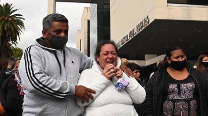 """El desesperado pedido de la madre del joven que atropelló y mató a dos motochorros en Rosario: """"No se merece estar preso"""""""