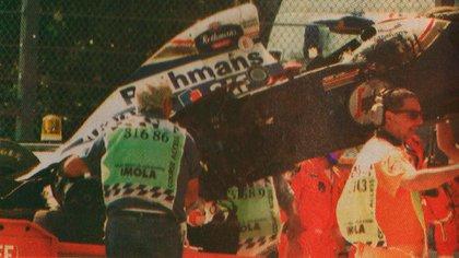 El Williams de Ayrton Senna tras su fatal accidente en Imola. La muerte del brasileño fue la más impactante de la historia (Archivo CORSA).
