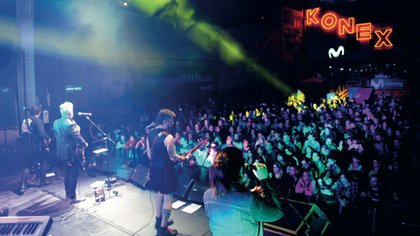 Otros tiempos, cuando las bandas podían convocar multitudes (Foto: GENTE)