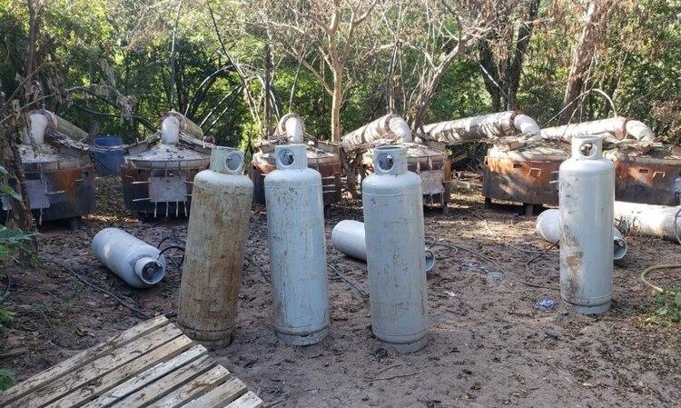 En medio del COVID-19, los precursores químicos procedentes de China dejaron de llegar a los puertos mexicanos (Foto: Twitter/SEDENAmx)