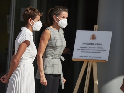 14/09/2020 La presidenta de Navarra María Chivite y la Reina Letizia a su llegada al colegio infantil CEIP Ntra. Sra. del Patrocinio con motivo de la inauguración del curso escolar 2020-2021 en Milagro Navarra, a 14 de septiembre de 2020