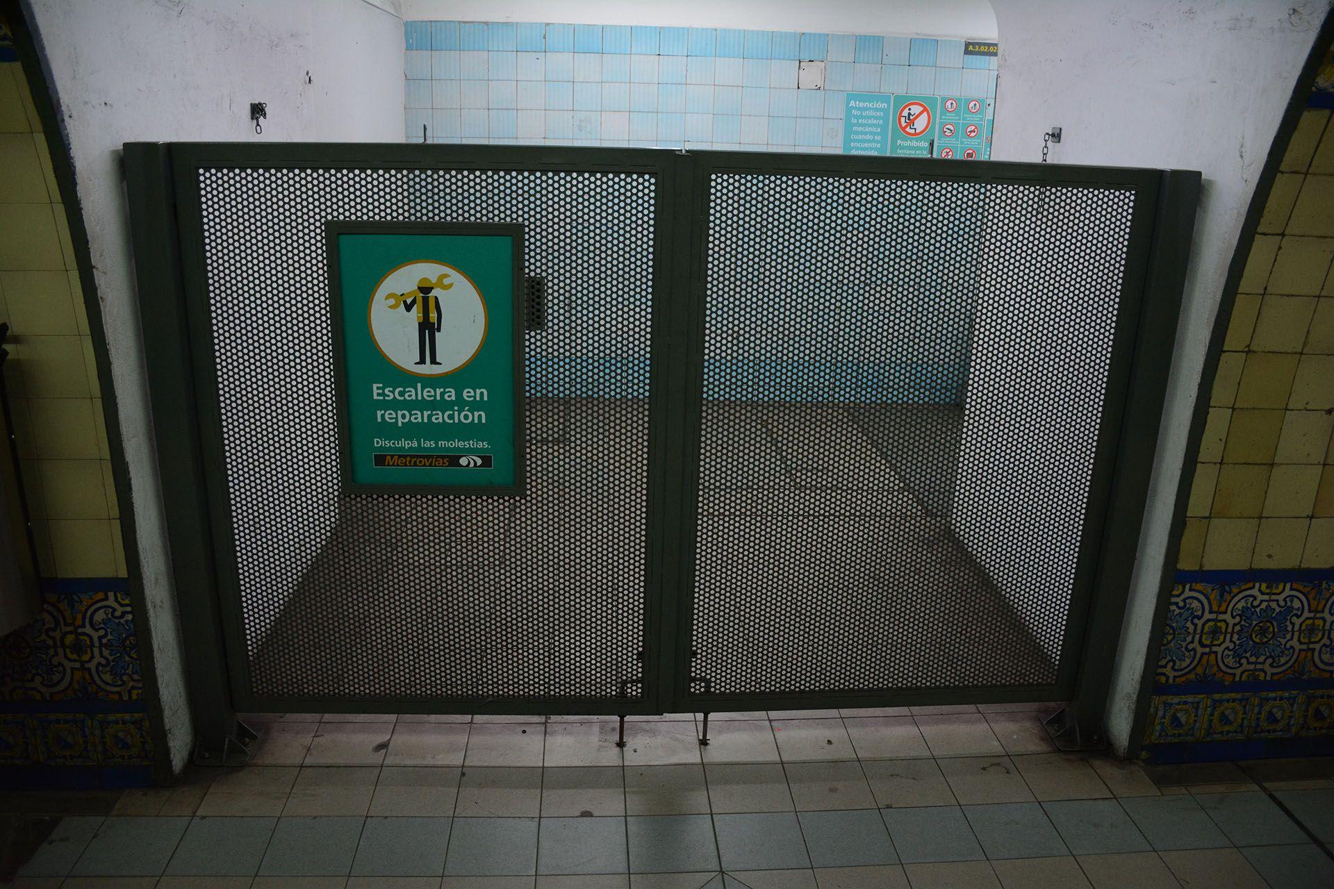 La empresa Metrovías advirtió que sancionaría a los empleados que impidan el normal funcionamiento del subte