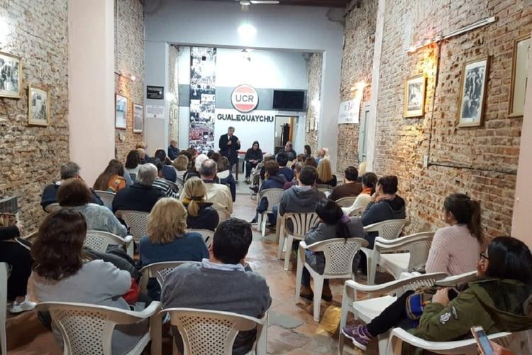 Una jornada de capacitación típica para los fiscales de Juntos por el Cambio, en Gualeguaychú.