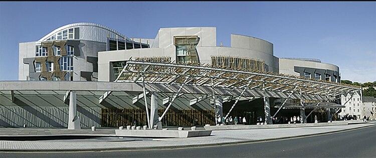 El parlamento de Escocia rinde homenaje a las embarcaciones que utilizaban en el pasado