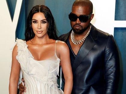 ELa estrella televisiva Kim Kardashian y su marido, el rapero Kanye West. FE/EPA/RINGO CHIU/Archivo
