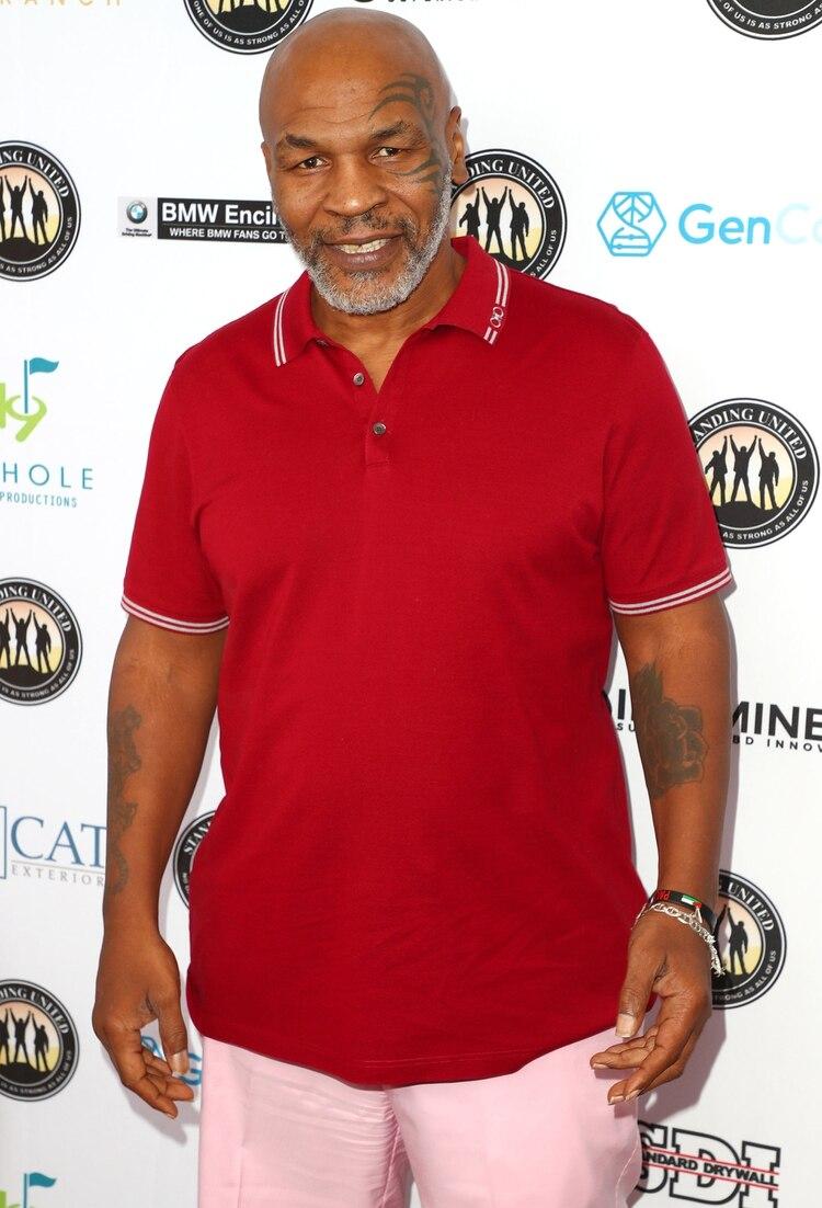 Mike Tyson se presentó como espectador en un torneo de golf en California. /Getty/AFP