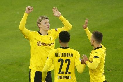 Haaland festeja uno de sus goles para el Borussia ante el Brujas Foto: REUTERS/Leon Kuegeler