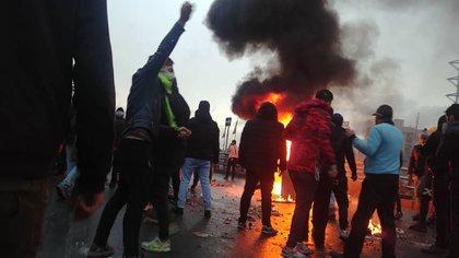 Manifestantes en Teherán el 16 de noviembre (AFP)