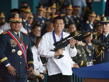 Rodrigo Duterte, presidente de Filipinas. También se sirvió de granjas de trolls para influir en el electorado (Reuters)