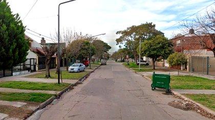 La calle Lituania al 5600 en el barrio Saladillo, donde se encontró el cráneo,
