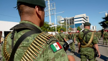 El ejército mexicano, el único organismo autorizado para vender armas a particulares en México, vende al público rifles marca Beretta (Foto: Cuartoscuro)