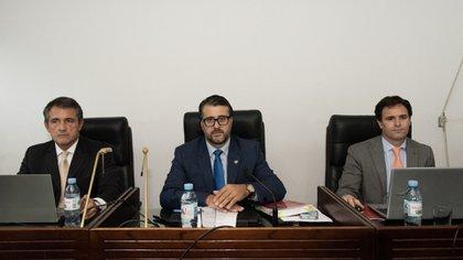 Los jueces del Tribunal Oral (Adrian Escándar)