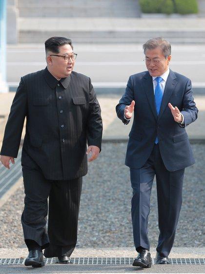 (Korea Summit Press/Pool via Reuters)