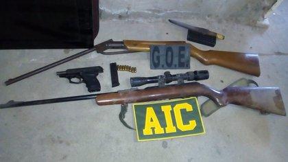 En los primeros 8 meses del año, la policía retiró de la calle 2.190 armas utilizadas por bandas criminales,